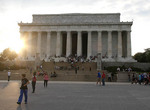 Lincoln Monument aat sunset