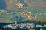 Mountain village of Todiano in the Sibillini Mountains, northwest of Norcia, Umbria, Italy, AGPix_0093
