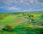 Grand River flows across prairie at Grand River National Grassland, north of Bison, South Dakota, AGPix_0295