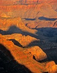 Sunrise on Grand Canyon walls viewed from Lipan Point on South Rim, Grand Canyon National Park, Årizona, AGPix_0301