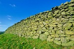 Dry stone wall in the English countryside, Yorkshire Dales National Park, Cumbria, England, AGPix_0350