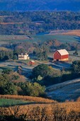Iowa farm on bluffs above Mississippi River in Dubuque County, Iowa, AGPix_0353