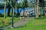 Hiking and biking trail around Gray's Lake on busy summer afternoon in Des Moines, Iowa, AGPix_0508