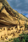Cliff Palace with visitors, ruins of an ancient puebloan Indian village at Mesa Verde National Park, Colorado, CO_04153, AGPix_1545