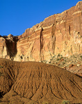 Sandstone walls and eroded badlands from Scenic Drive area of Capitol Reef National Park, Utah, UT_03423, AGPix_1573