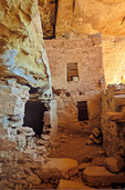Eagle Nest House, ruins of an ancient Puebloan cliff dwelling village in the Ute Mountain Tribal Park near Cortez, Colorado, USA, AGPix_1946