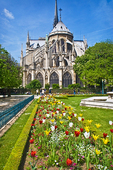 Square Jean XXIII, the river garden behind Notre Dame Cathedral.