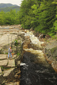 Manand Dog Fishing, Rocky Gorge, Kancamagus Highway, New Hampshire, USA
