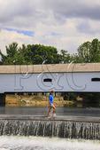 DOE RIVER COVERED BRIDGE, ELIZABETHTON, TENNESSEE, USA