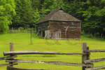 Will Messer Barn in Cataloochee Valley, Great Smoky Mountains National Park, North Carolina, USA