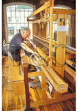 Weaving Demonstration, Simon Pierce At The Mill, Quechee, Vermont