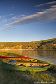 Canoeing along the White Cliffs of the Missouri River at Upper Missouri River National Monument, Montana, USA