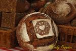 Fresh baked bread at the farmer's market