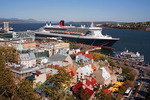 Place-Royale and Vieus-Port with the Queen Mary 2