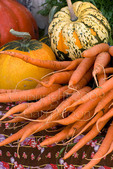 Organic organic carrots and squash at farmers market; October 2009, Nevada City California