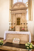 Pienza, Tuscany, Italy.  Altar of Holy Sacrament, by Bernardo Rossellino (1409-1464), Cathedral to the Assumption of Mary, Pienza (UNESCO World Heritage List, 1996), 15th century. (For Editorial Use Only)