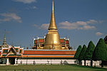 THAILAND, Bangkok :  golden chedis of the Wat Phra Kaeo or Kaew temple, end of 18th century, Ratanakosin style.