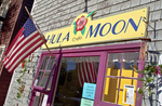 Hula Moon Restaurant