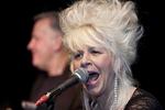 Christine Ohlman singing at a club #4